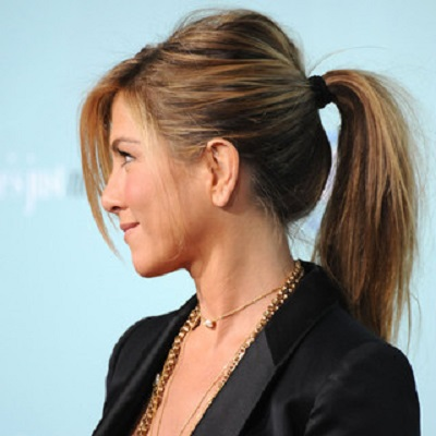 coiffure cheveux long queue de cheval