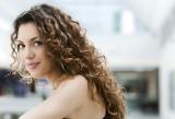 20 idées Coiffure Cheveux bouclés